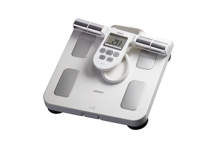 Omron Body Composition Monitor /w 5 Fitness Indicators Review